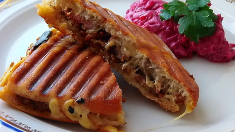 Kıymalı Tost /nadjeveni stari kruh /tost