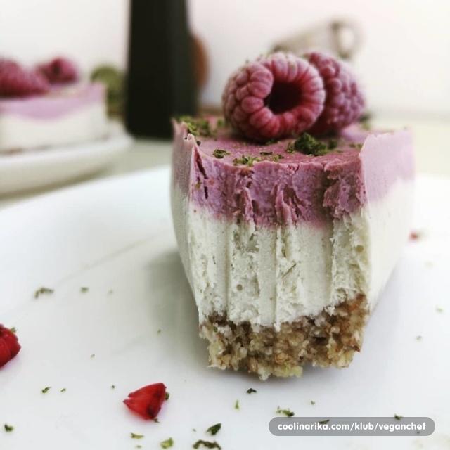 Sirova torta s okusom tonke,kokosa,limete,maline