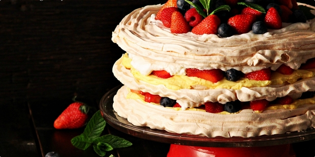 Voćna mascarpone torta