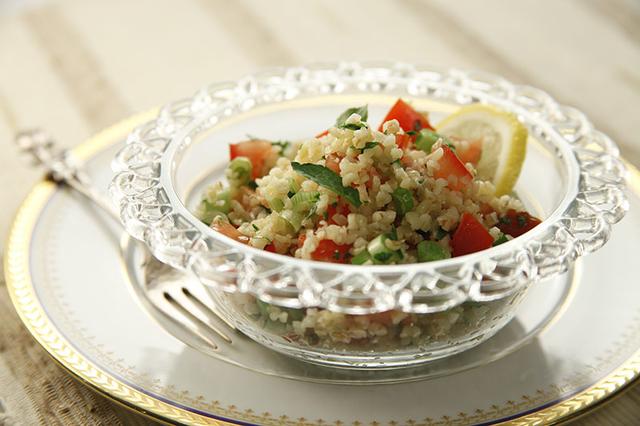 Salata od bulgura (Tabbouleh)