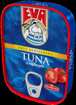 Eva Tuna s rajčicom