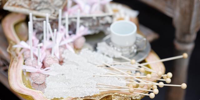 """""""Geode cake"""" – torte ukrašene kristalima"""
