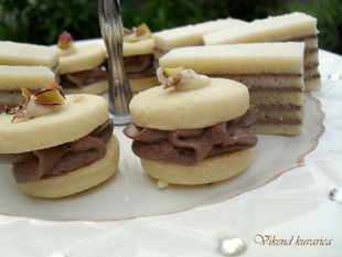 Bele moka tortice