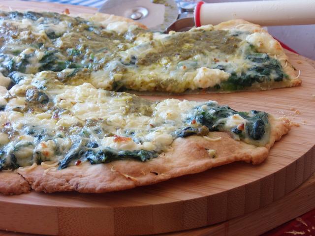 Flatbread pizza sa špinatom - Mucika