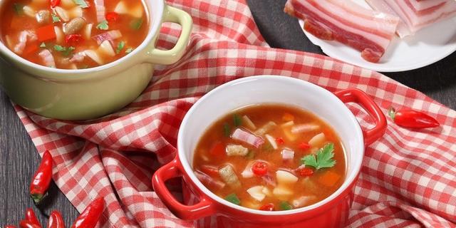 Pikantna slavonska juha