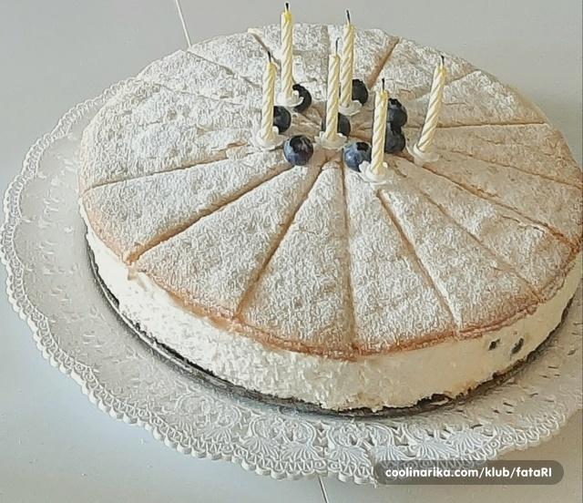 Torta od svježeg sira i borovnica