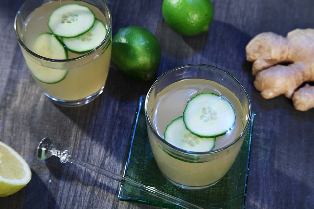 Ledeni čaj limun limeta s đumbirom