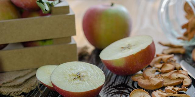 Sve što ste ikada htjeli znati o jabukama_Coolinarika