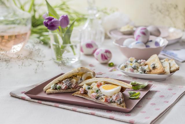 Francuska salata u sendviču