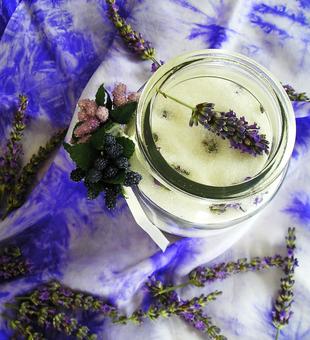 Šećer aromatiziran lavandom by Sephia