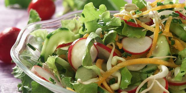 Miješana salata od rotkvica