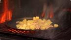 Dimljenje krumpira i graha na roštilju