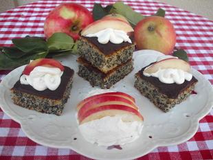 Kolač sa jabukama i makom