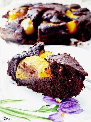 ღ Čokoladna torta s tikvicama bademima i breskvama