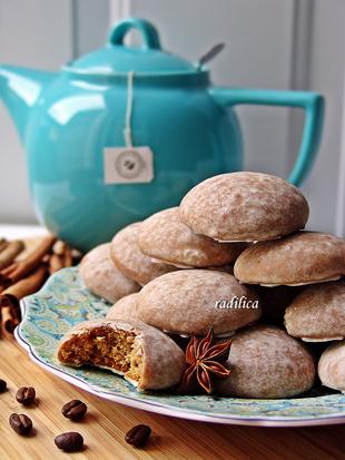 Ruski Medenjaci sa kafom (Pryaniki)