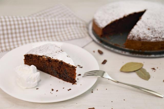 Sočna aromatična torta