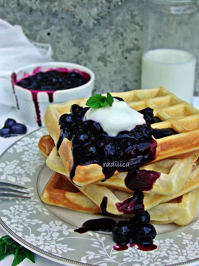 Waffle za doručak?!