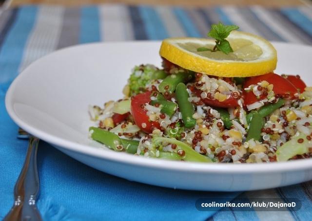 Quinori salata s povrćem