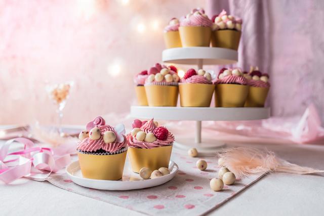 CHOCO#LOLS cupcakes