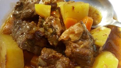 Irski gulaš (Irish stew)