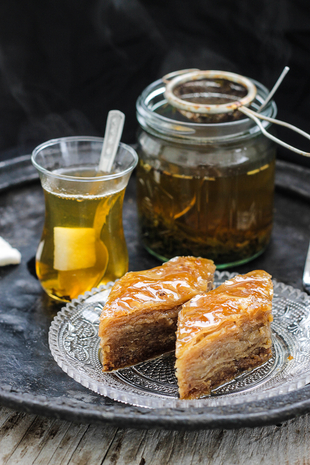 Tea time .... i baklava