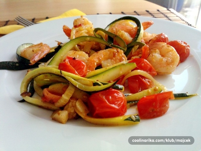rezanci od zucchini tikvica sa skampima