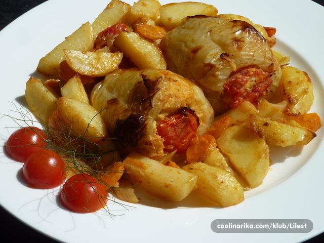 Pečene paprike punjene krumpirom i feta sirom