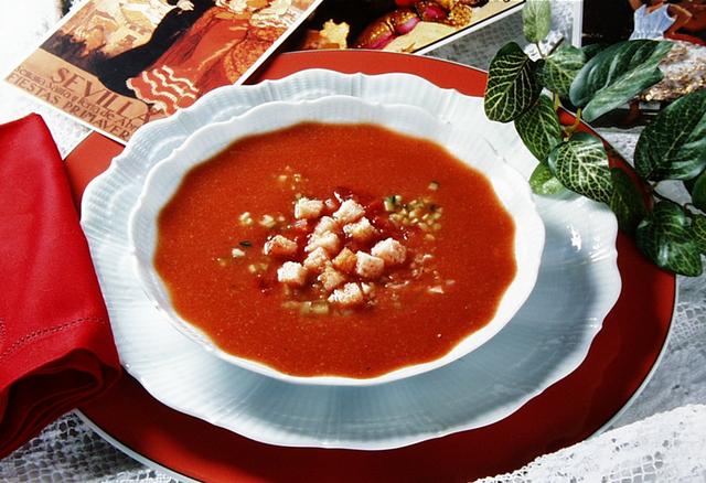 Gazpacho (španjolska hladna juha s povrćem)