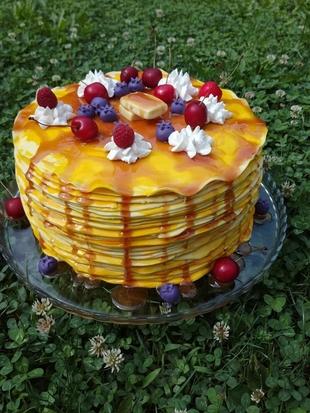 Palacinka torta -kesten torta