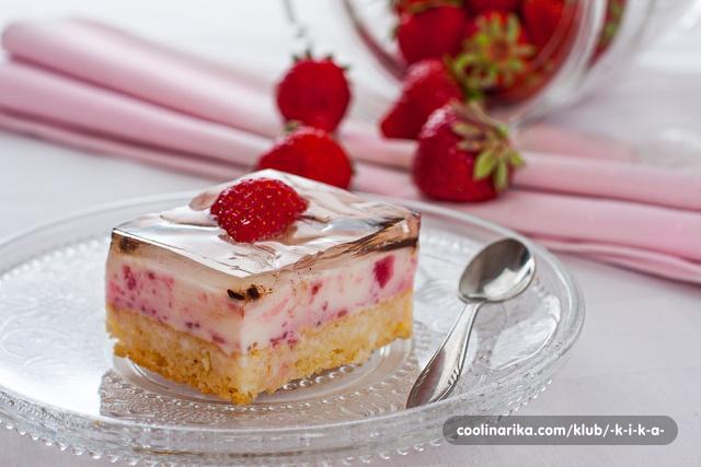 Mramorne jogurt kocke s jagodama1
