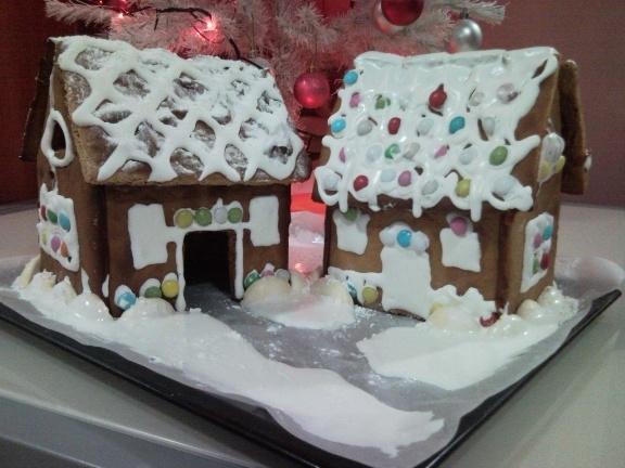 Gingerbread house (kuća od medenjaka) - MissTake