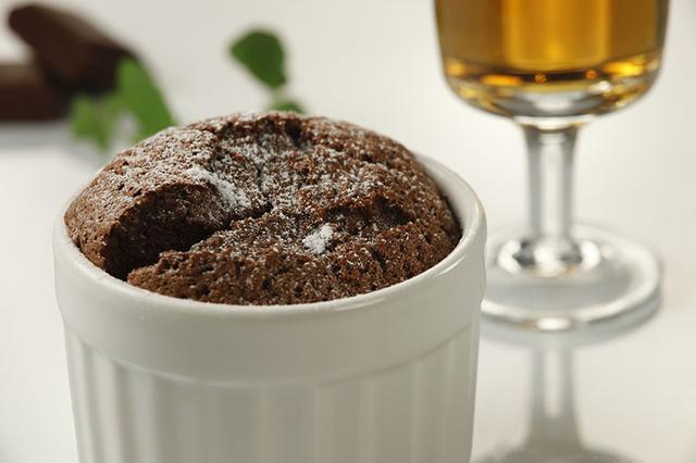 Souffle s vrućom čokoladom