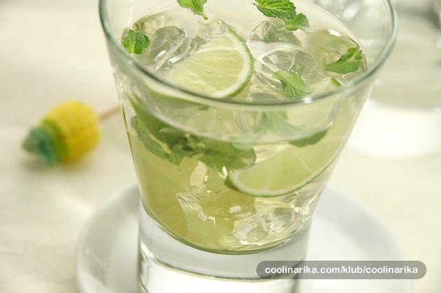 Koktel zeleni čaj