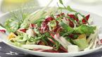 Salata s kravljim sirom