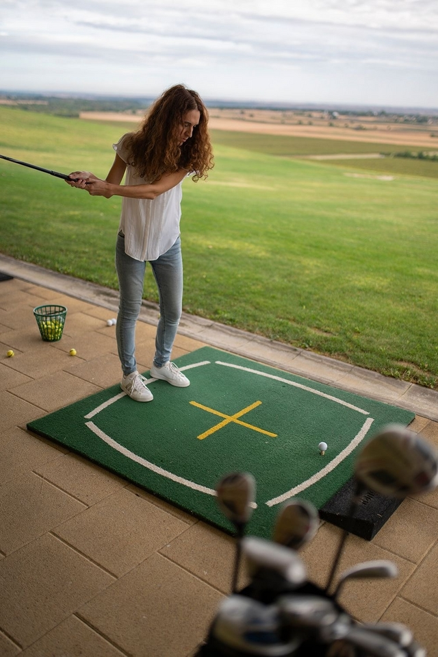 Kako ne promašiti golf lopticu