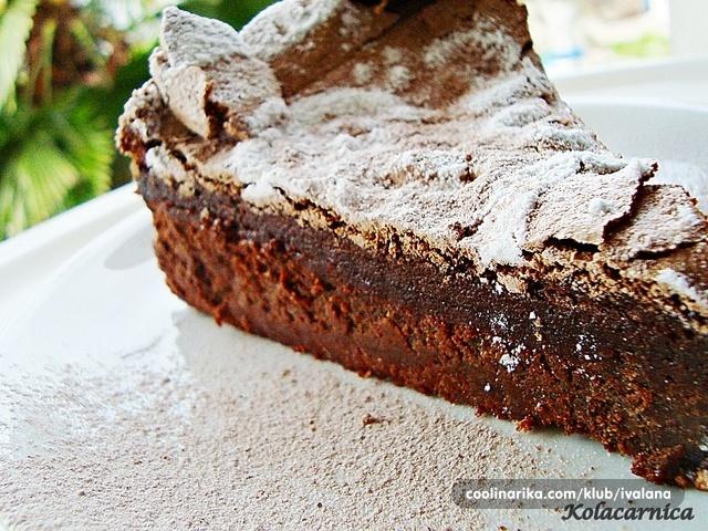 Donna Hay Chocolate Meringue Cake