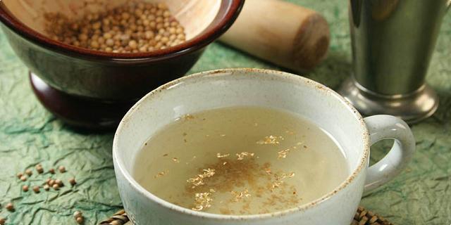Napitak od meda i korijandra