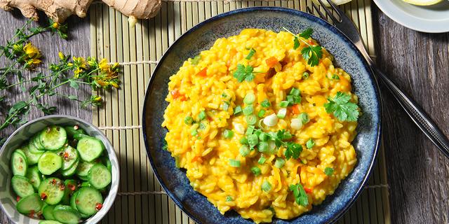Egzotični rižoto s piletinom i kurkumom