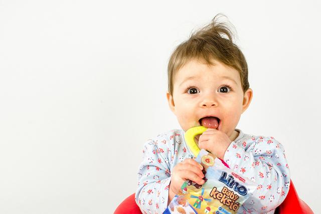 Keksić prilagođen bebinoj ručici i metabolizmu