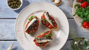 Bruskete sa sardinama