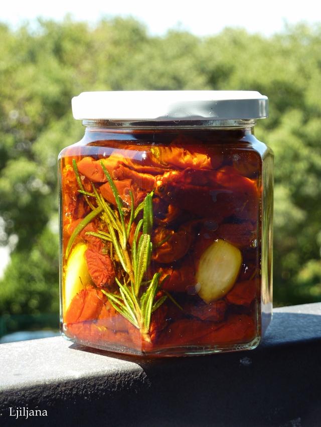 Sušene rajčice u maslinovom ulju - Lilest