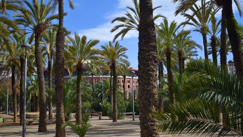 ღ Barcelona dio III Parc de Joan Miró
