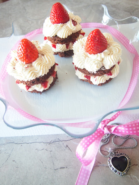 _Nježne tortice od jagoda 1.jpg
